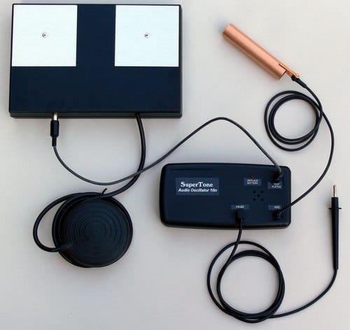 Dr. Hulda Clark's Syncrometer testing device
